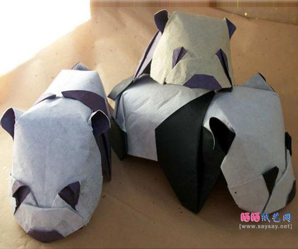 可爱趴趴熊猫折纸成品图