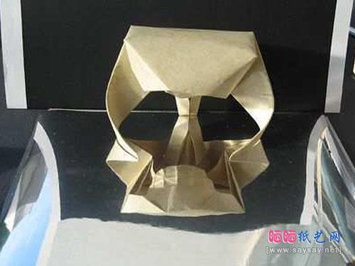 喜折郎的骷髅头折纸成品图反面图片